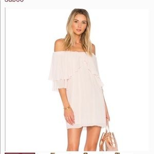 NWT 🏷 Suboo Perfect Day Off Shoulder Dress 4 Pink